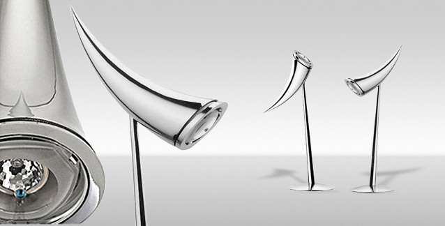 Lámpara de diseño Ara' de Flos y diseñada por Philippe Starck.